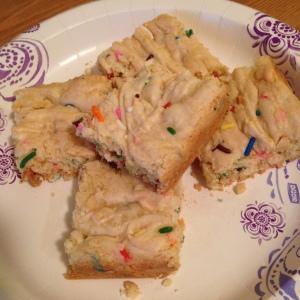 Funfetti Cake Batter Blondies